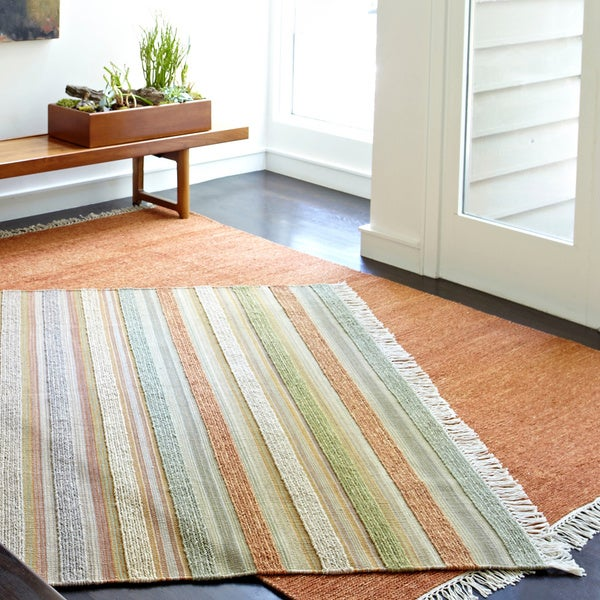 Hand-woven Lloyd Light Green/ Multi Wool Rug (5'0 x 7'6)