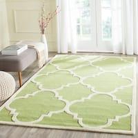 Safavieh Handmade Moroccan Cambridge Green/ Ivory Wool Rug - 4' x 6'