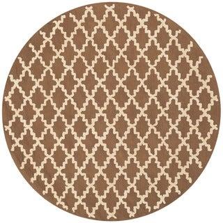 Safavieh Hand-hooked Newport Chocolate/ Ivory Cotton Rug (4' x 4' Round)