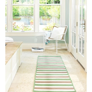 Striped Out Indoor/ Outdoor Area Rug (8' x 10')