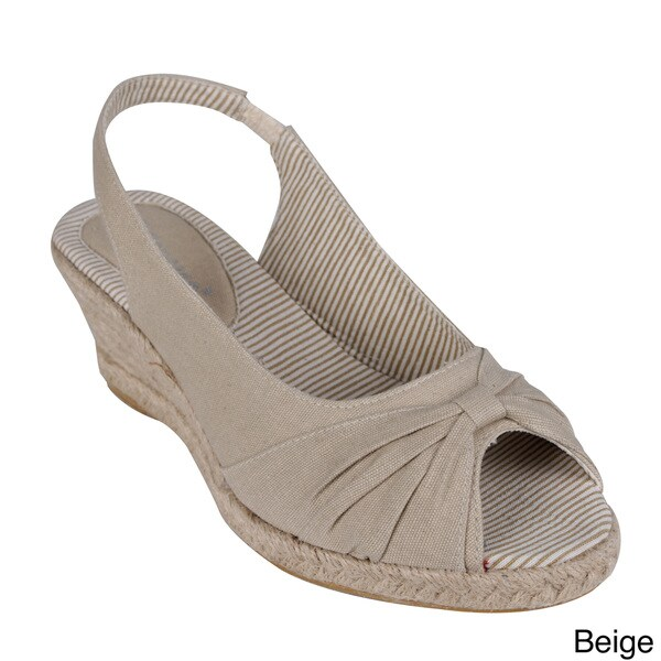 Reneeze Women's 'Emma-01' Peep-toe Wedge Slingbacks