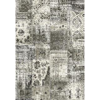 Eternity Patchwork Black/ Silver Rug (6'7 x 9'6)