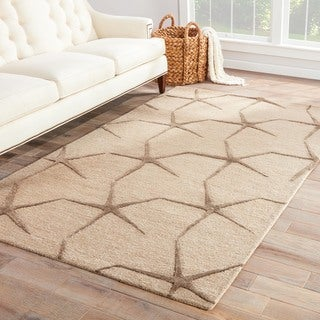 Hand-tufted Transitional Coastal Pattern Ivory Rug (5' x 8')