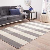 Mendocino Handmade Stripe Gray/ White Area Rug - 4' x 6'