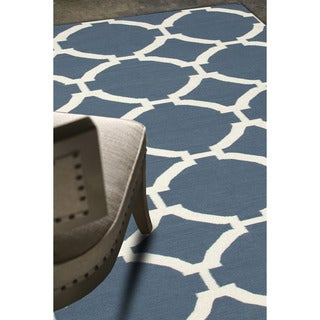 Durable Handmade Flat-weave Geometric-pattern Blue Rug (9' x 12')