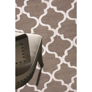 Hand-tufted Contemporary Geometric Pattern Brown Rug (9'6 x 13'6)
