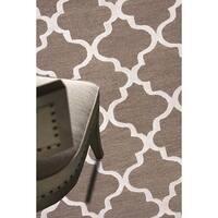 "Portland Handmade Trellis Brown/ White Area Rug (9'6"" X 13'6"")"