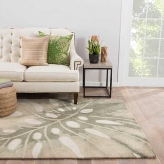 "Nola Handmade Floral White/ Green Area Rug (3'6"" X 5'6"") - 3'6 x 5'6"