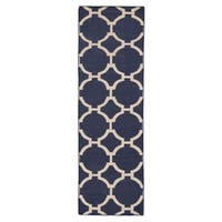 Cavanaugh Handmade Trellis Blue/ Cream Area Rug - 2'6 x 8'