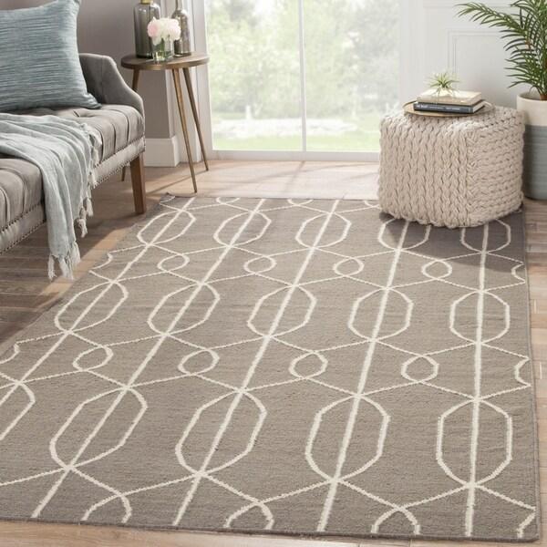 Handmade Geometric Gray/ Silver Area Rug (5' X 8') - 5' x 8'