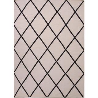 Reversible Handmade Flat-weave Geometric Pattern Gray/ Black Rug (5' x 8')