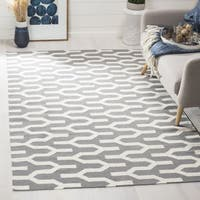 Safavieh Hand-woven Moroccan Reversible Dhurrie Silver Wool Rug - 7' Square