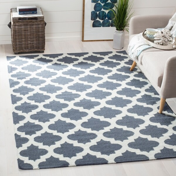 Safavieh Hand-woven Moroccan Reversible Dhurrie Blue Wool Rug - 8' x 10'