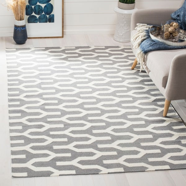 Safavieh Hand-woven Moroccan Reversible Dhurrie Silver Wool Rug - 9' x 12'