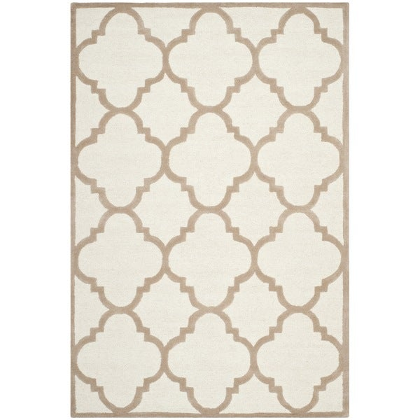 Safavieh Handmade Moroccan Cambridge Ivory/ Beige Wool Rug (6' x 9')