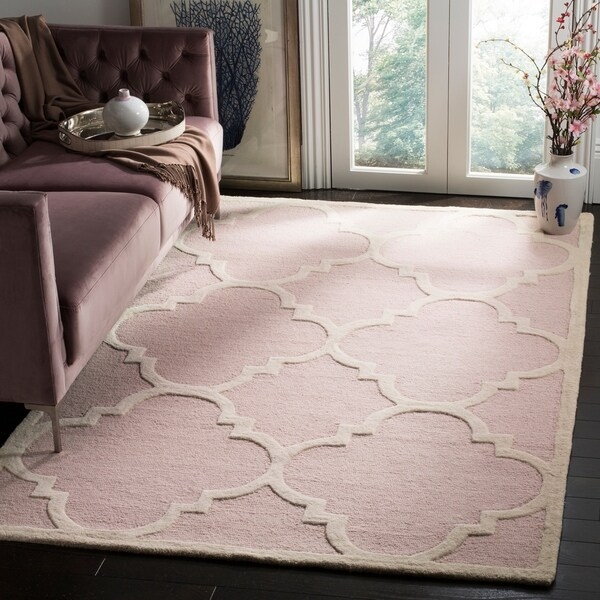 Safavieh Handmade Moroccan Cambridge Light Pink/ Ivory Wool Rug - 9' x 12'