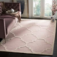 Safavieh Handmade Moroccan Cambridge Light Pink/ Ivory Wool Rug - 6' x 9'