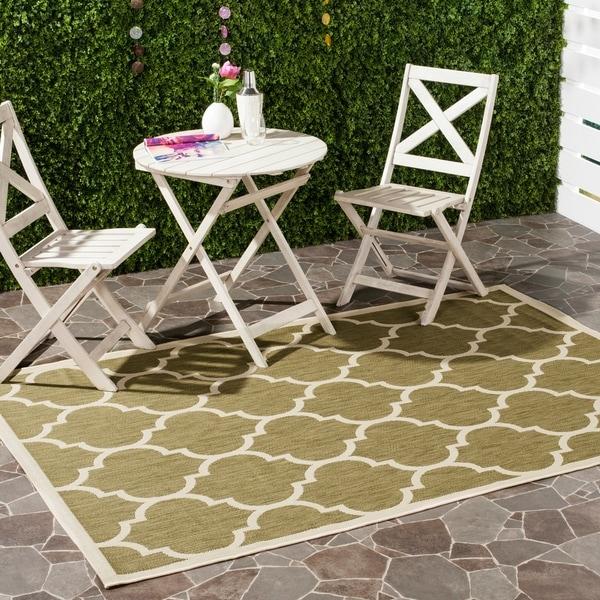 Safavieh Courtyard Moroccan Pattern Green/ Beige Indoor/ Outdoor Rug - 9' x 12'