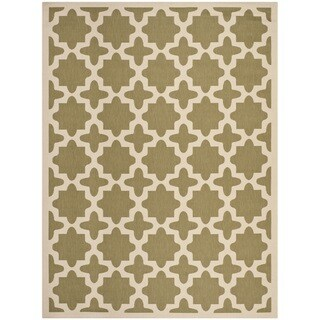 Safavieh Indoor/ Outdoor Courtyard Geometric-pattern Green/ Beige Rug (6'7'' x 9'6'')