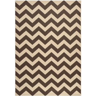 Safavieh Courtyard Chevron Dark Brown Indoor/ Outdoor Rug (9' x 12')