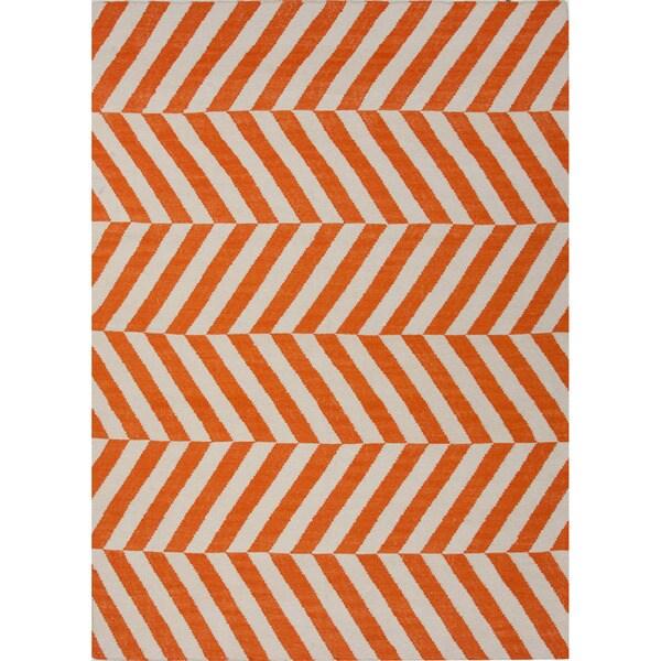 Handmade Chevrons Orange Area Rug - 5' x 8'