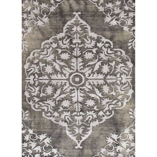 Jaipur Living Hand-Knotted Heritage Charcoal Medallion Rug (5' x 8')