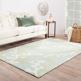 "Coral Sea Handmade Abstract Green/ White Area Rug (5' X 7'6"")"