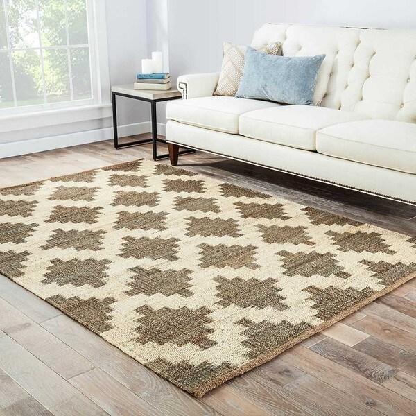 Damascus Natural Trellis Gray/ White Area Rug (5' X 8') - 5' x 8'