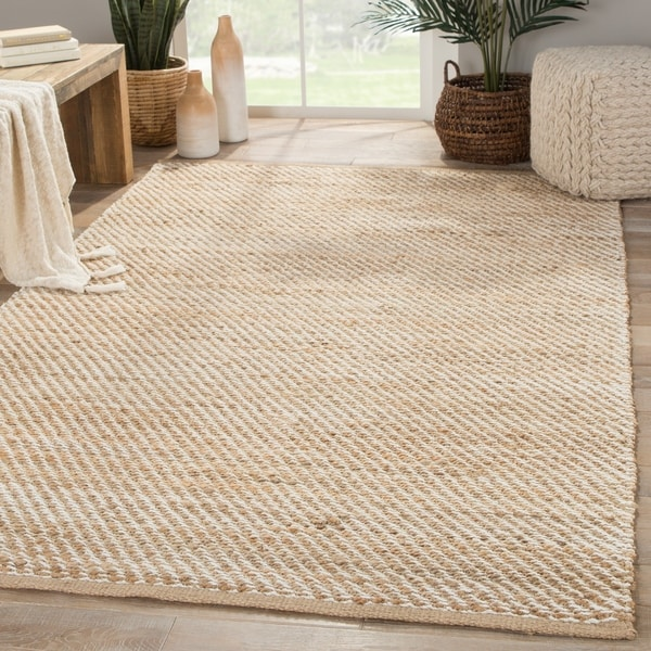 Travers Natural Solid Beige/ White Area Rug - 5' x 8'