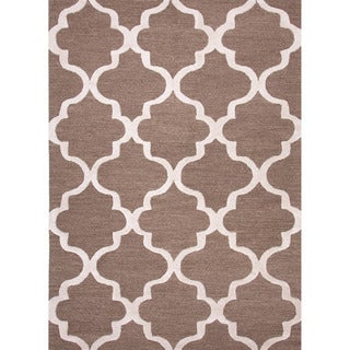 Hand-tufted Contemporary Geometric Pattern Brown Rug with Plush Pile (2' x 3')