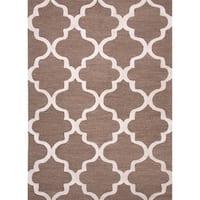 Portland Handmade Trellis Brown/ White Area Rug (5' X 8') - 5' x 8'