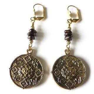 Palmtree Gems 'Anica' Medallion Dangle Earrings