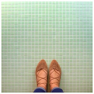 SomerTile 11.75x11.75-inch Victorian Square Matte Light Green Porcelain Mosaic Floor and Wall Tile (10 tiles/9.8 sqft.)