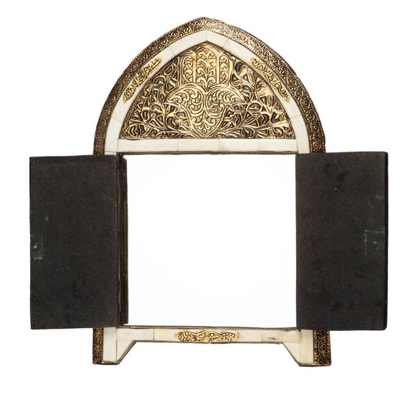 Handmade Arched White Bone Moroccan Mirror with Doors (Morocco)