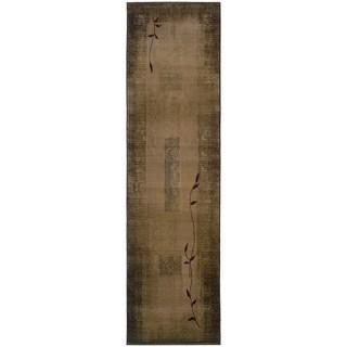 Generations Green/ Beige Runner Rug (2'3 x 7'6)