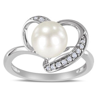 Miadora 10k White Gold White Cultured Freshwater Pearl and 1/10ct TDW Diamond Ring (H-I, I2-I3)