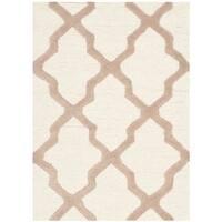 Safavieh Handmade Moroccan Cambridge Ivory Wool Rug (2'6 x 4') - 2'6 x 4'