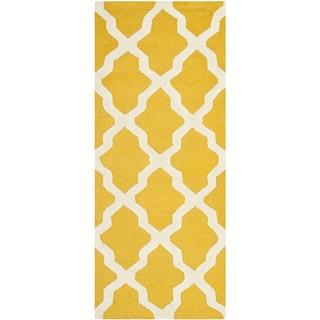 Safavieh Handmade Moroccan Cambridge Gold/ Ivory Wool Rug (2'6 x 6')