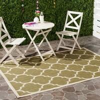 """Safavieh Courtyard Moroccan Pattern Green/ Beige Indoor/ Outdoor Rug - 4' x 5'7"""""""