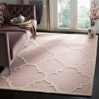 Safavieh Handmade Moroccan Cambridge Light Pink/ Ivory Wool Rug - 3' x 5'