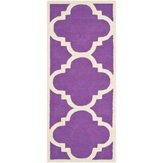 Safavieh Handmade Moroccan Cambridge Purple/ Ivory Wool Rug (2'6 x 6')