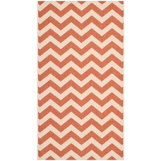 Safavieh Courtyard Chevron Terracotta/ Beige Indoor/ Outdoor Rug - 2' x 3'7