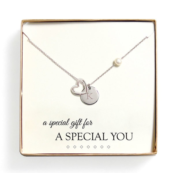 """Personalized 'A Special Gift For You' FW Pearl Heart Necklace (8 mm) - 16"""""""