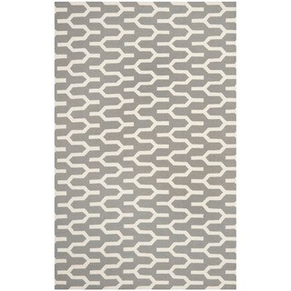 Safavieh Hand-woven Moroccan Reversible Dhurrie Silver Wool Rug (5' x 8')