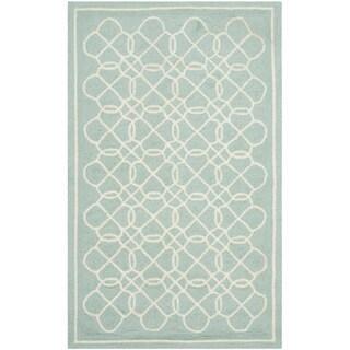 Safavieh Hand-made Chelsea Blue/ Ivory Wool Rug (2'6 x 4')