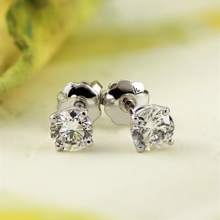 14k White Gold Round Diamond Solitaire Stud Earrings