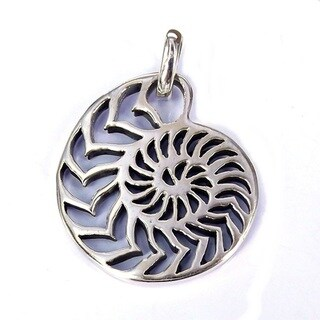 Handmade Silver Rare Sliced Nautilus Shell Pendant (Thailand)