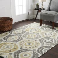 Hand Hooked Grey/ Gold Floral Medallion Area Rug - 5' x 7'6