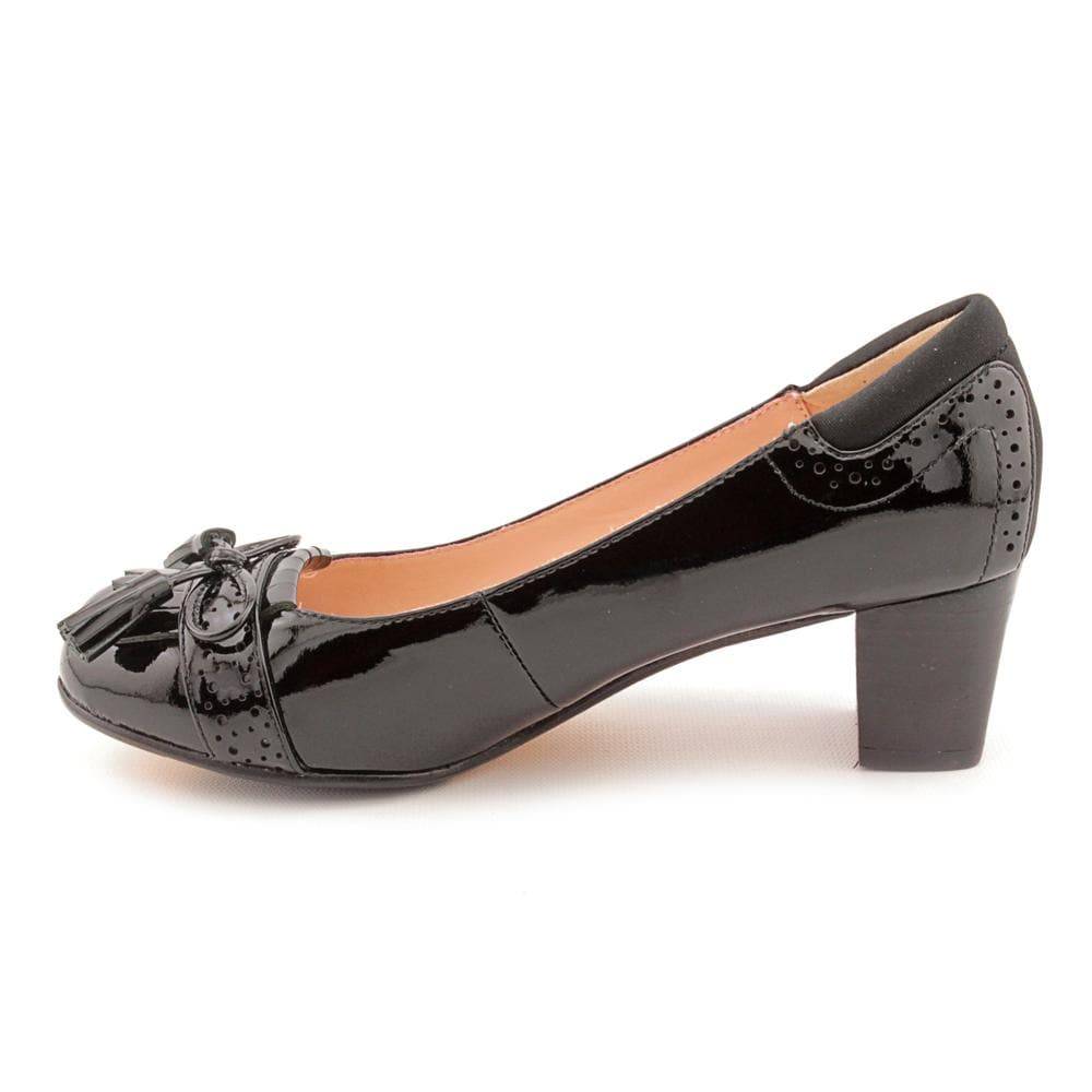 236033fcdc005 Shop Taryn Rose Women s  Justine  Patent Leather Dress Shoes (Size 6 ) -  Free Shipping Today - Overstock.com - 8222251