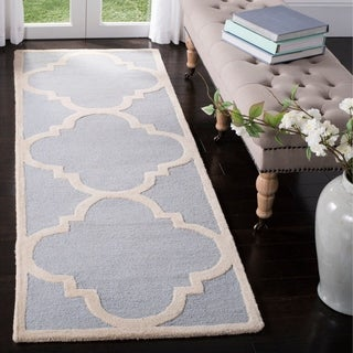 Safavieh Handmade Moroccan Cambridge Light Pink/ Ivory Wool Rug (6' Round)